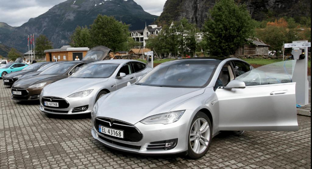 Tesla na tomada