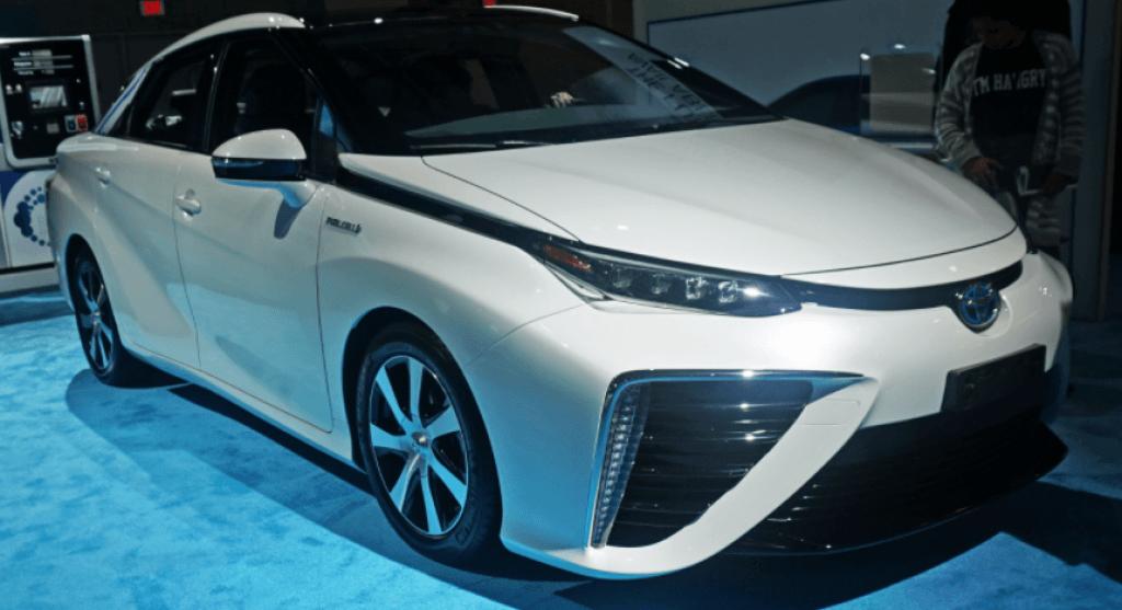 Toyota Mirai 3