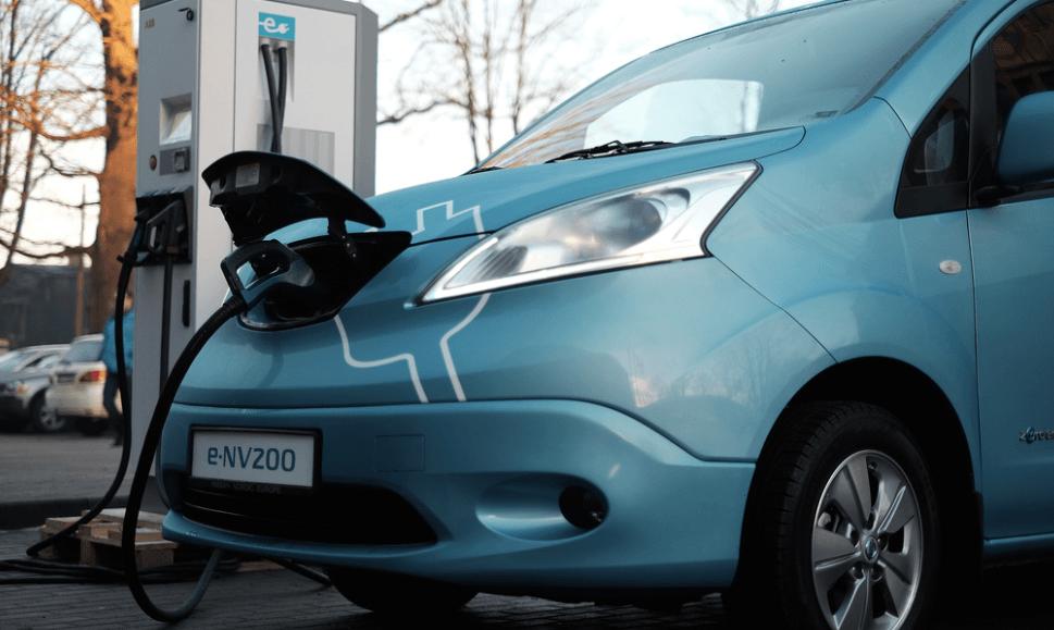 Carros elétricos em Prtugal posto de carregamento