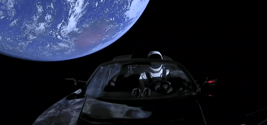 SpaceX Tesla Roadster no espaço