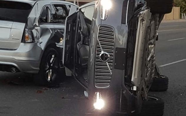 carro uber acidentes com carros autônomos