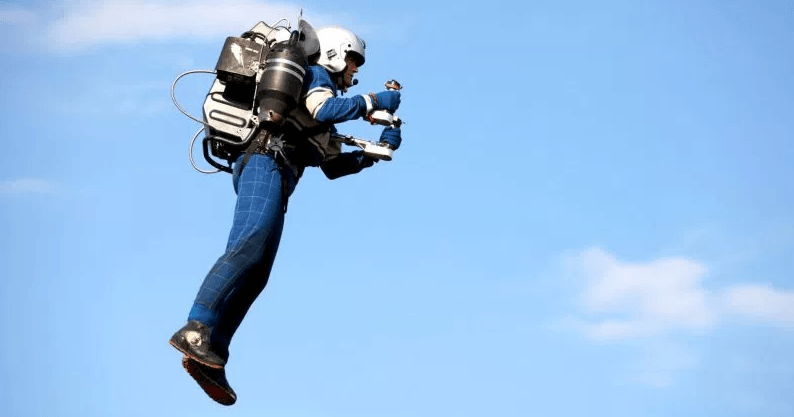 Mochila voadora 1