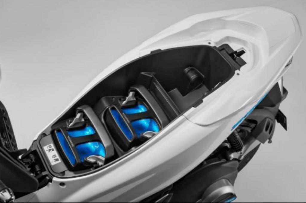 Honda PCX 2018 bateria 2