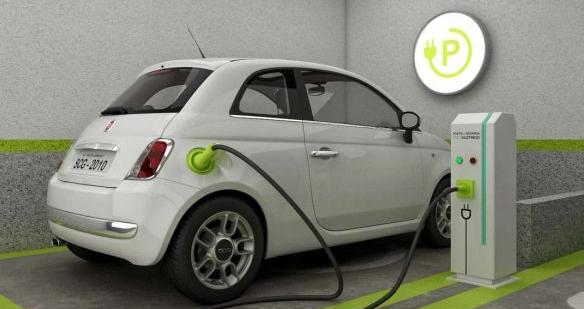 Garagem adaptada carro elétrico
