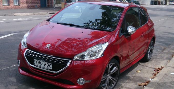 Peugeot 208 elétrico poderá ser lançado em 2019