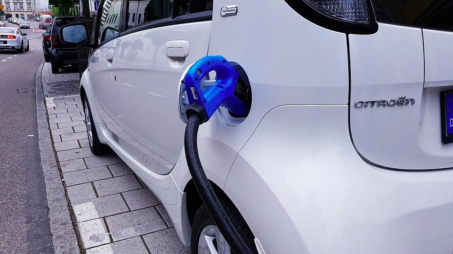 moura-bateria-carro-elétrico