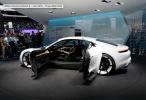 Porsche Mission E Portas Abertas
